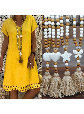 Fashionable Wooden Beads With Tassels Women's Necklaces